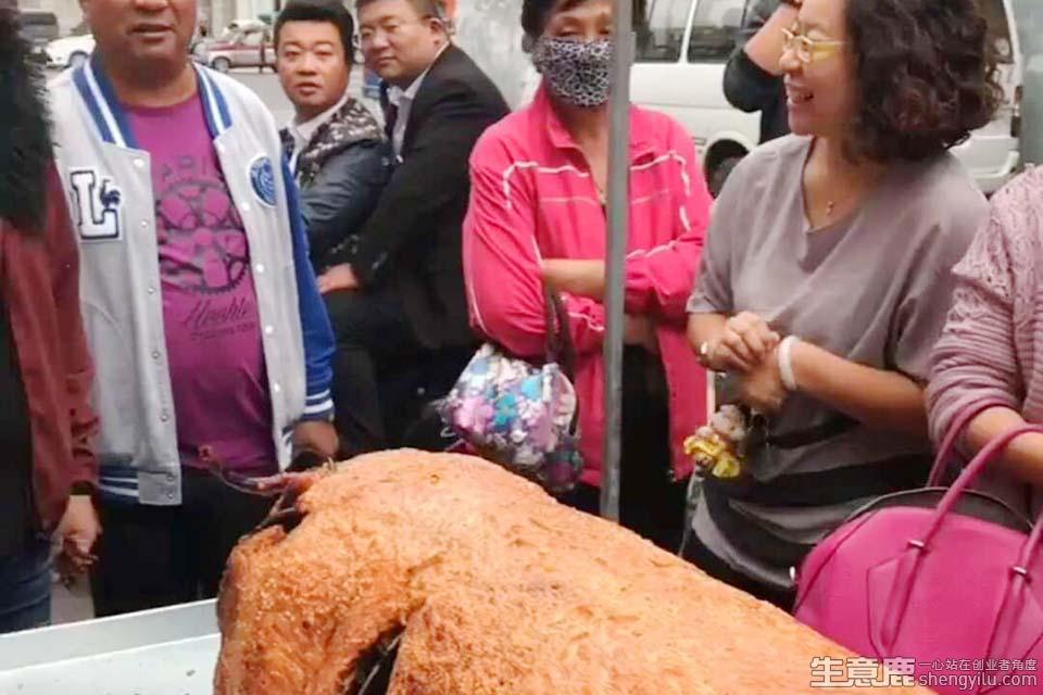 脆皮烤猪小吃项目实拍大图