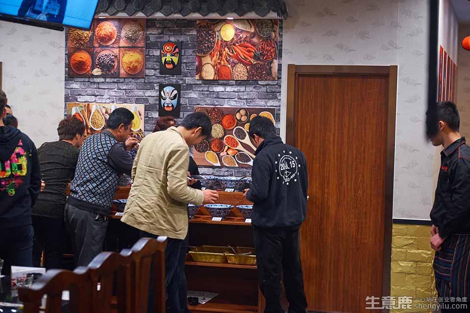 忆江州重庆老火锅加盟店实拍