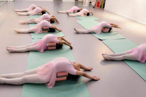 舞蹈培训加盟费用多少